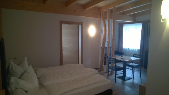 Bar Und Hotel Dolomiten